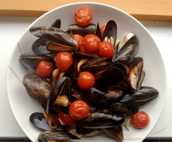 25 Mussels a la Jamie Oliver