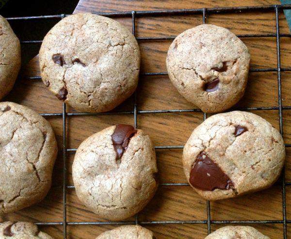 Spelt Teff Chocolate Chip Cookies